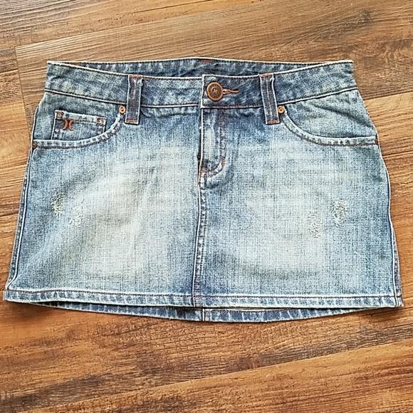 Hurley Dresses & Skirts - Hurley denim mini skirt size 5